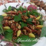 Tavuklu Kuru Domates Salatası